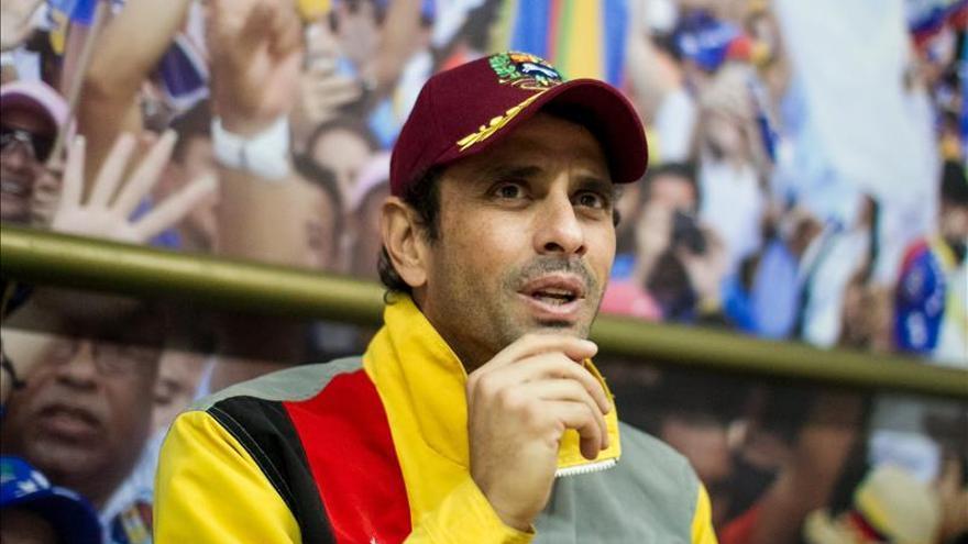 Capriles dice que demanda en su contra por sancionados por EE.UU. fue admitida