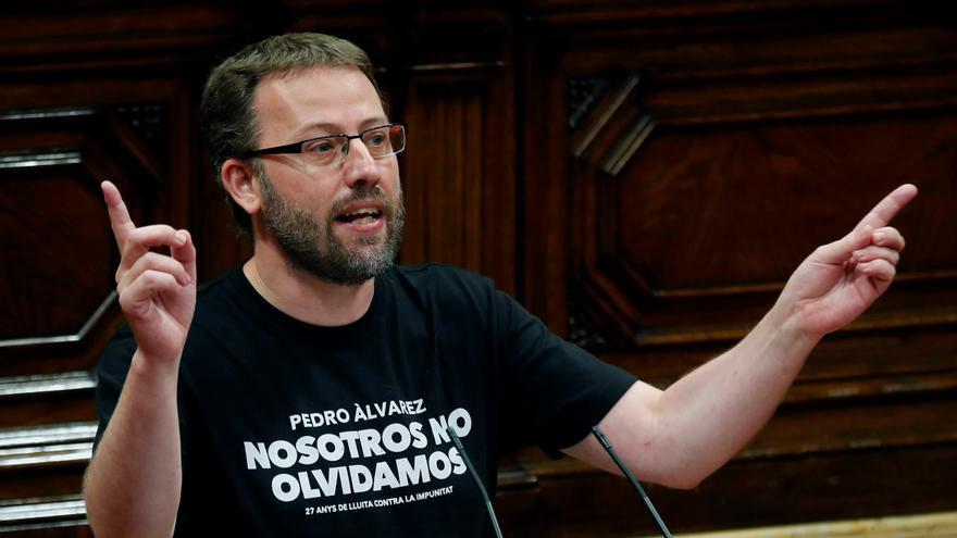 La CUP advierte a Iglesias e Illa de acciones penales si no van al Parlament