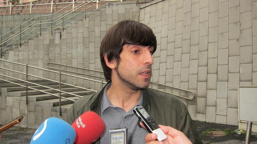 """Podemos está """"abierto a dialogar"""" sobre el derecho a decidir y no tiene """"problema en hablar"""" con PNV y EH Bildu"""