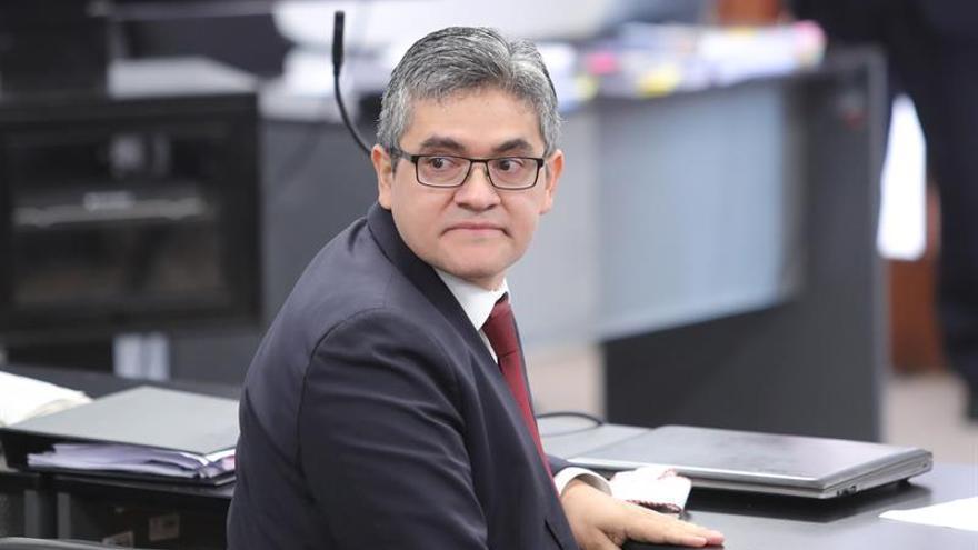 Fiscal de caso Lava Jato denuncia a fiscal general de Perú por encubrimiento