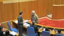 Las fotos de Feijóo y Dorado instalan el Parlamento gallego en la crispación