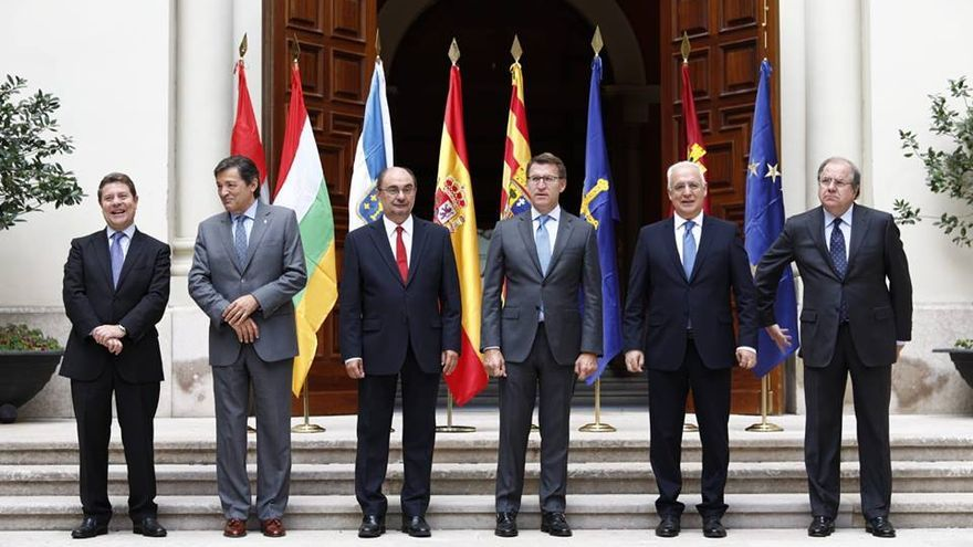 Los presidentes de Castilla-La Mancha, Asturias, Aragón, Galicia, La Rioja y Castilla y León se han reunido este lunes en Zaragoza