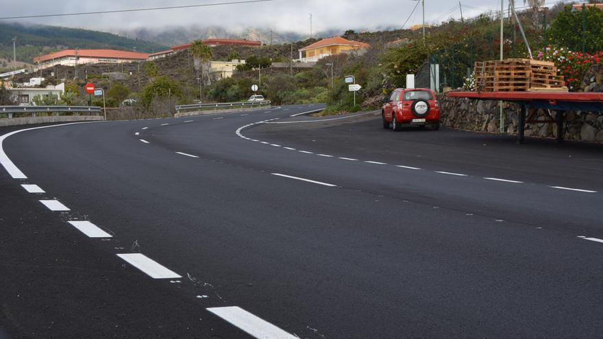 Un tramo de la carretera repavimentada.