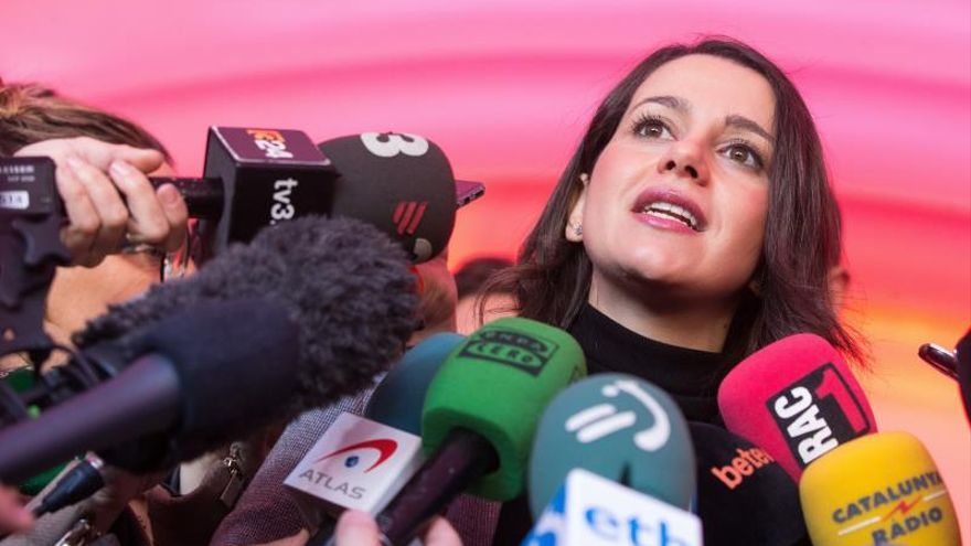Arrimadas asegura que Cs es un partido democrático ante las críticas internas