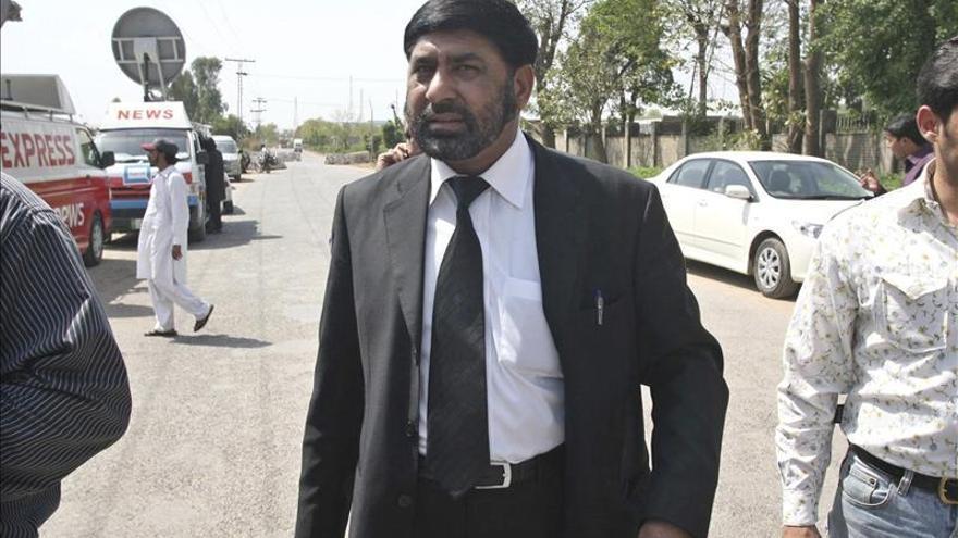 El asesinato de un fiscal complica aún más el juicio por la muerte de Bhuto