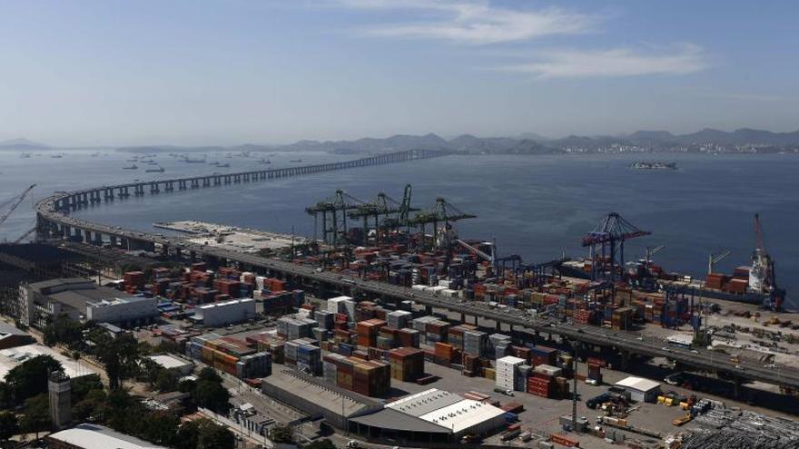 Se trata del menor saldo positivo para el período en la diferencia entre exportaciones e importaciones del país en los últimos cuatro años, según los datos divulgados por el Ministerio de Economía.