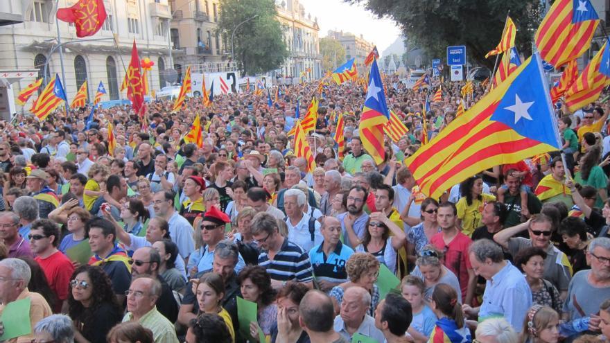 """La Favb insta a participar """"masivamente"""" de la Diada por la consulta y la Cataluña social"""