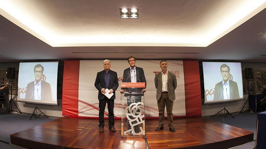 Juan Fernando López Aguilar, José Miguel Pérez y Angel Víctor Torres