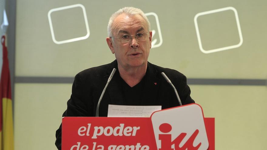 Cayo Lara da por cerrada la crisis de Tania Sánchez e insiste en la coalición electoral con Ganemos en toda España