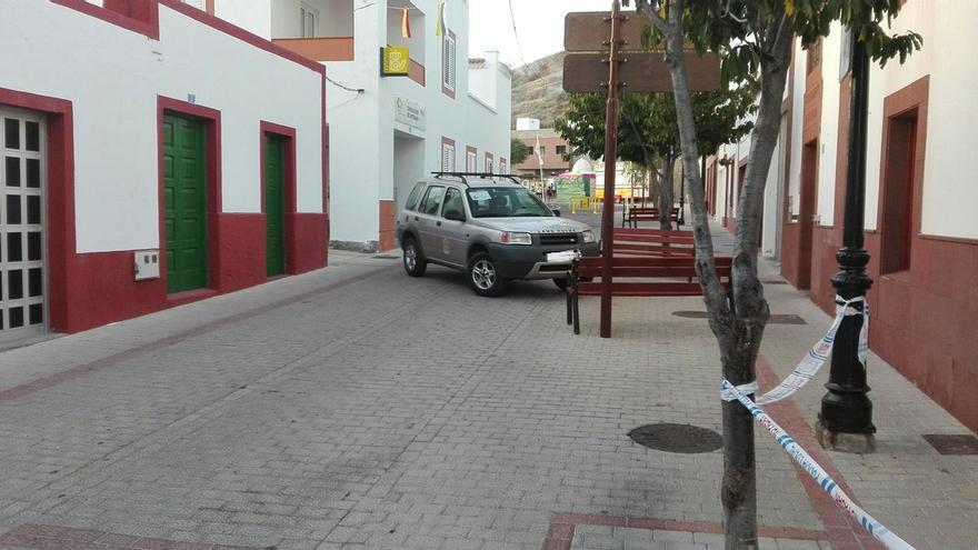 Coche del Ayuntamiento de Artenara desplegado en las fiestas de La Cuevita