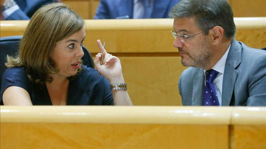 Catalá se compromete a atender a las familias de enterrados en el Valle de los Caídos