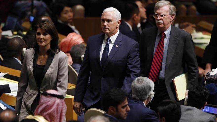 """Bolton amenaza a Irán con un """"infierno"""" si se enfrenta a EEUU"""