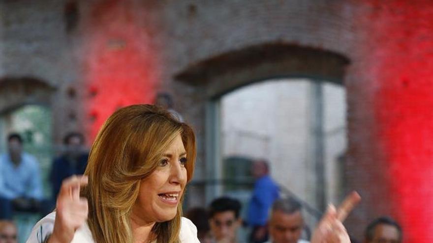 """Susana Díaz: Rajoy e Iglesias han """"intentado interferir"""" en las primarias"""