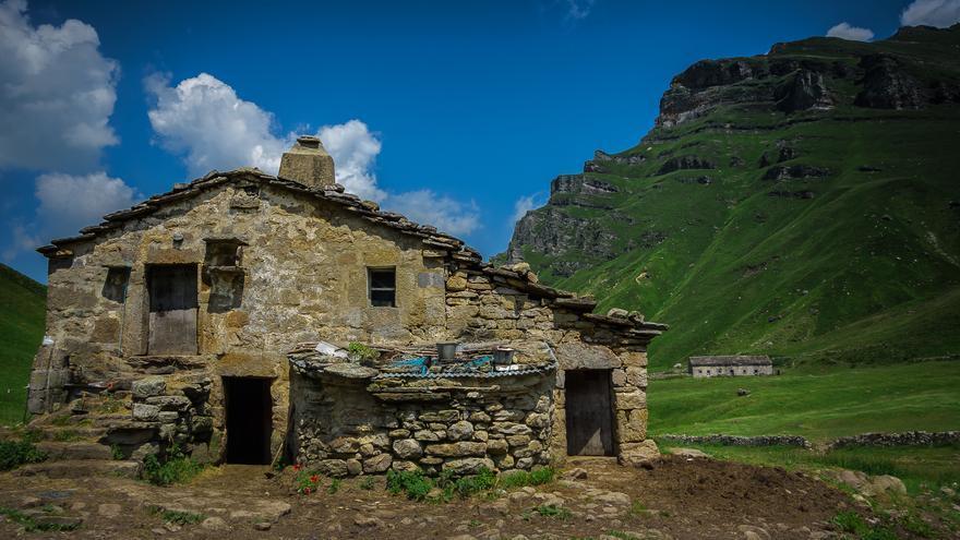 Cabaña del Rey, en el Resbaladero de Lunada. | José Luis Canales
