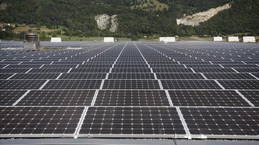 China supera a Alemania como el mayor generador mundial de energía solar