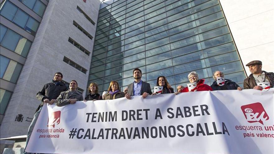 Miembros de EU en la Ciudad de la Justicia con motivo de la demanda de Calatrava contra la formación