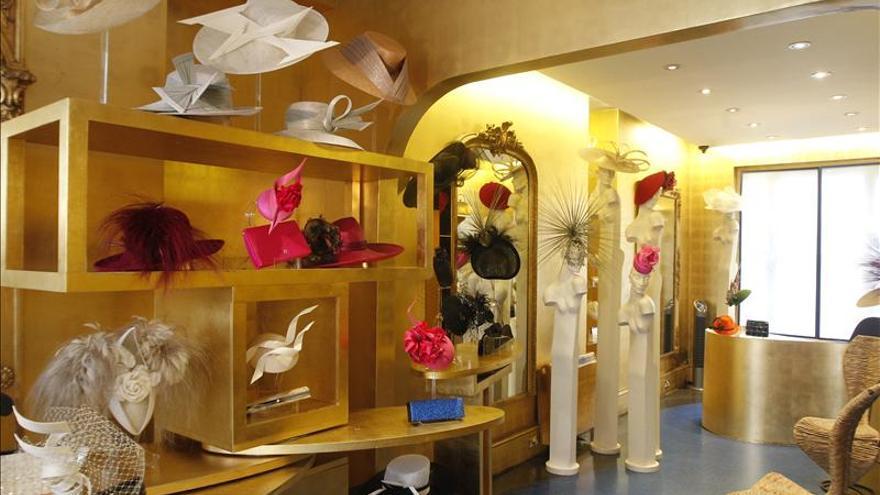 El sombrerero Philip Treacy diseñará el trofeo de los Brits Awards de 2014