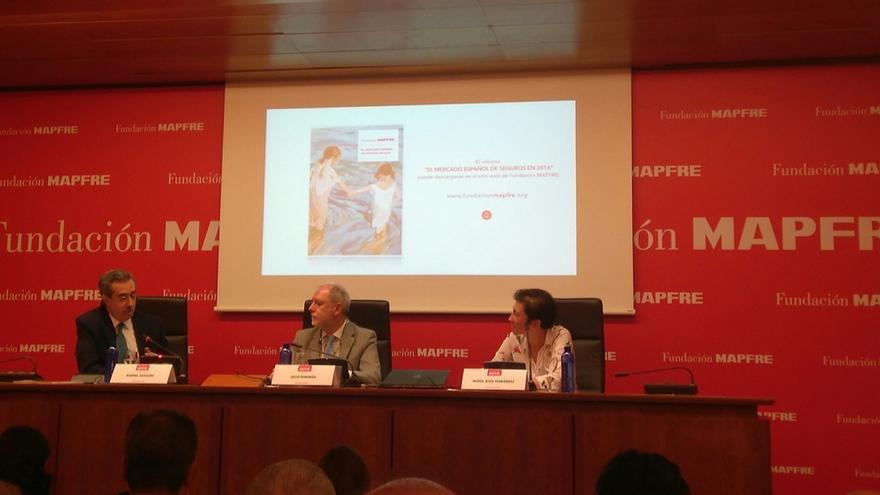 El ciudadano español gasta de media 1.373 euros en seguros, un incremento del 12,4% en 2016