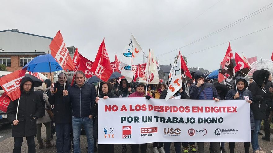 CCOO exige la readmisión de los trece trabajadores despedidos en Digitex
