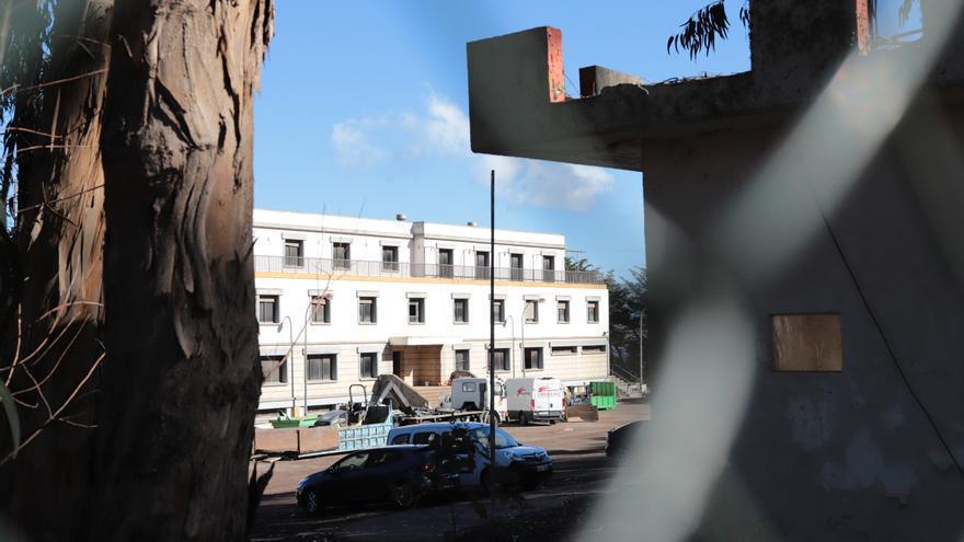 La Laguna estudia levantar la suspensión de obras en los cuarteles para acoger migrantes tras solicitarlo el Ministerio