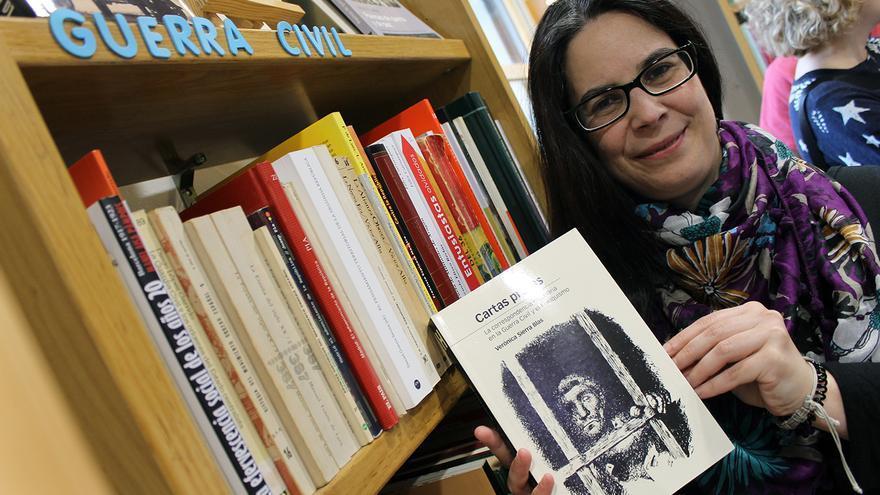 La autora de 'Cartas presas', Verónica Sierra Blas. | JUAN MIGUEL BAQUERO