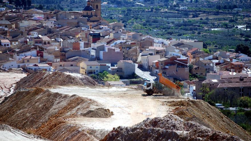 Mina 'Vicentica' a pocos metros de Villar del Arzobispo