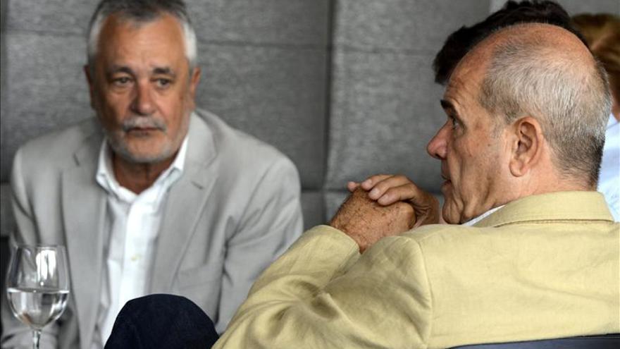 El PSOE no se plantea medidas internas contra los aforados del caso de los ERE