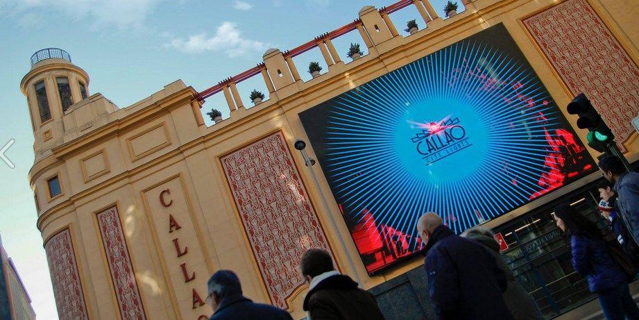 Pantalla publicitaria en los Cines Callao | CALLAO CITY LIGHTS
