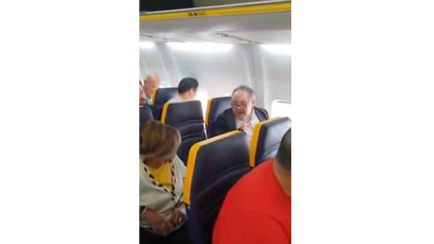 Racismo en un vuelo de Ryanair