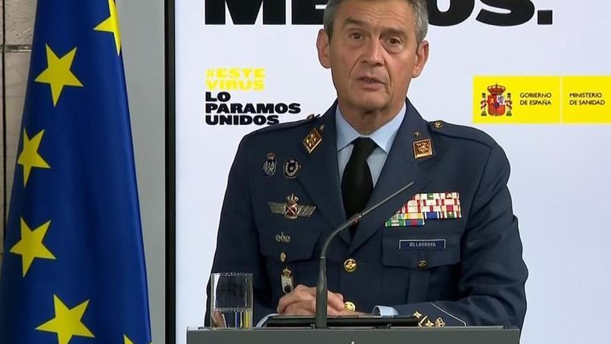Captura de la señal institucional de Moncloa, del Jefe de Estado Mayor de la Defensa, Miguel Ángel Villarroya, este domingo durante la rueda de prensa.