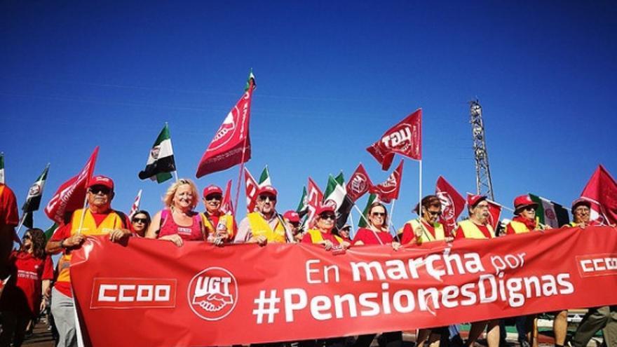 La marcha recorrió este martes las calles de Mérida / UGT