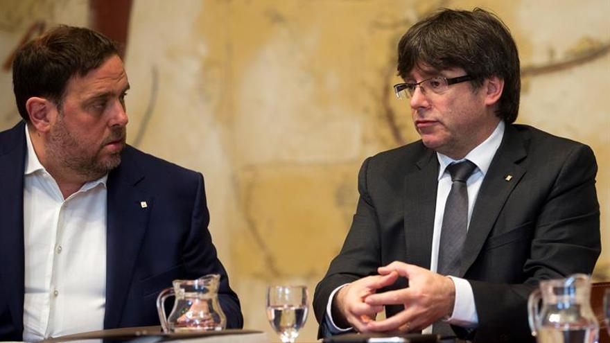 Puigdemont y Junqueras en una de las últimas reuniones del Govern