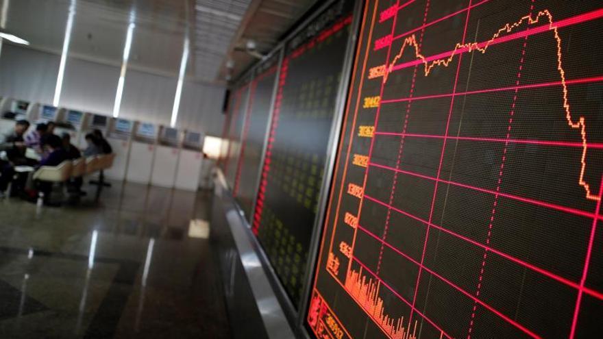 La Bolsa de Shanghái cierra la sesión sin cambios y Shenzhen sube el 0,11 por ciento