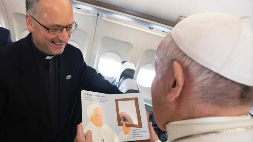 Fotografía facilitada por la editorial Salani del libro del papa Francisco dirigido a los niños.