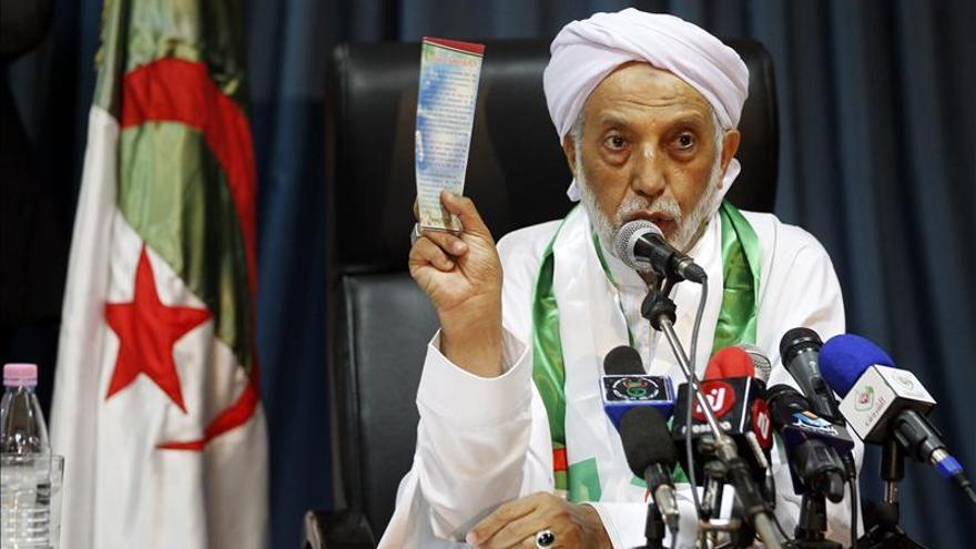 Destituido el secretario general del Frente de Liberación Nacional argelino