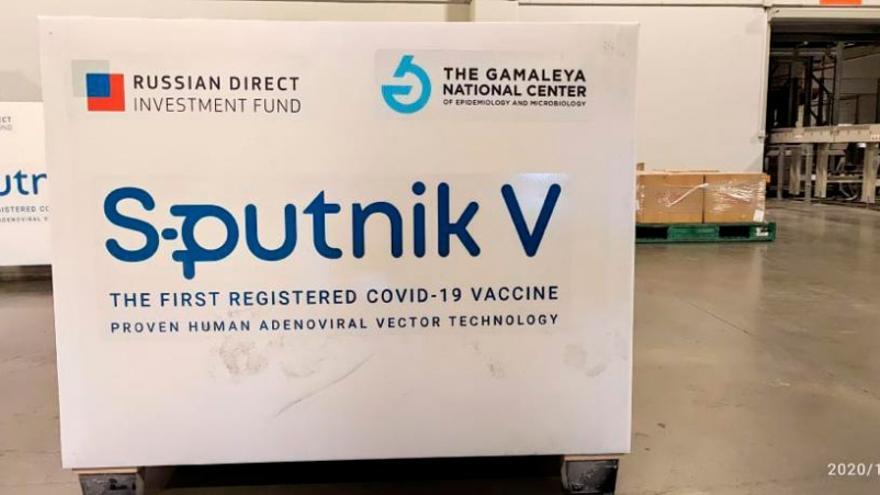 El Gobierno confía en que el grueso de las vacunas Sputnik V llegará en febrero