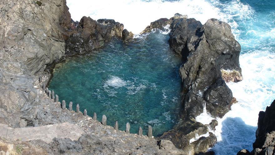 Diez espectaculares playas de tenerife que s lo conocen for Charcos naturales en tenerife