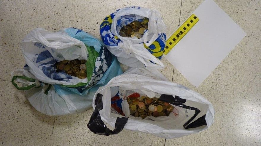 Detenidas dos personas por robar la recaudación de varios parquímetros de la zona azul de Pamplona