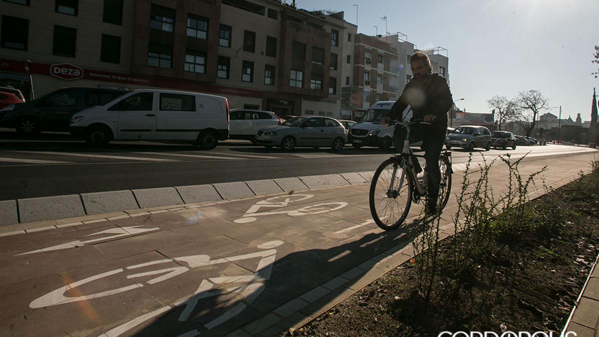 Apertura del carril bici en Ronda del Marrubia
