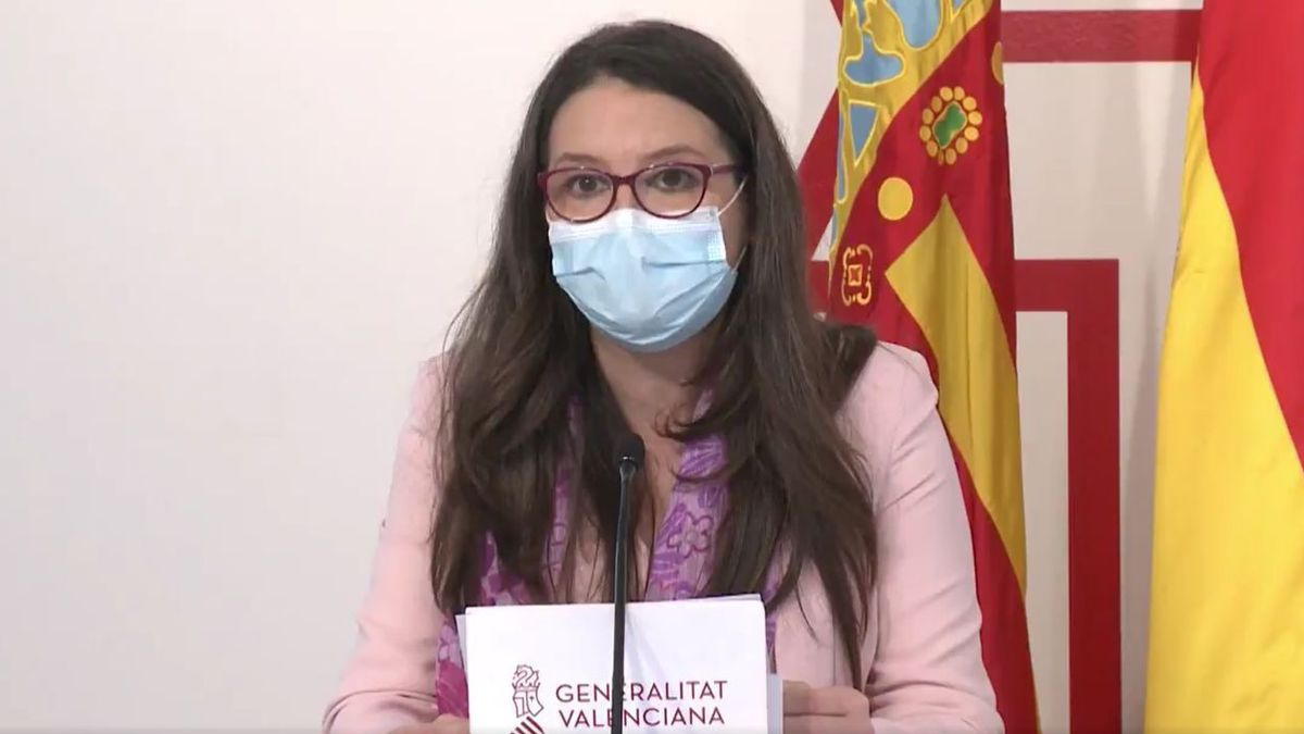 La portavoz del Consell, Mónica Oltra, en rueda de prensa posterior al pleno del Consell.