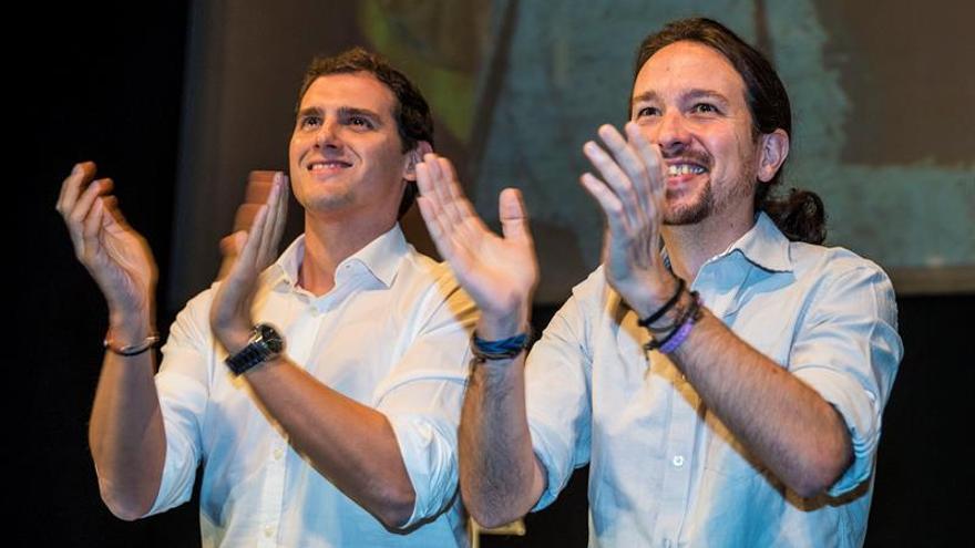 """Iglesias y Rivera aceptan asistir al debate """"a cuatro"""" de la Carlos III"""