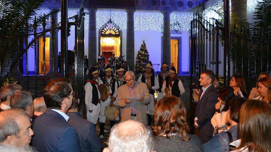 Momento de la inauguración del portal, este jueves, en el Parlamento canario