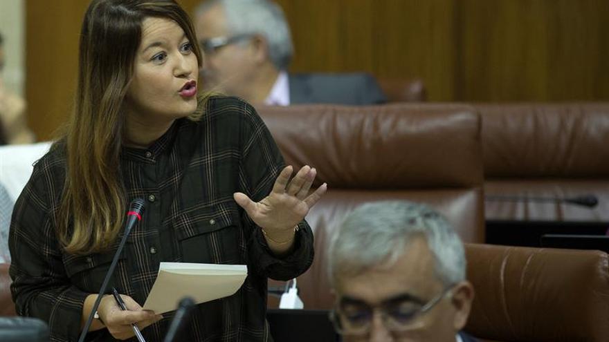 La presidenta del Comité Federal se arroga ser la única autoridad del PSOE