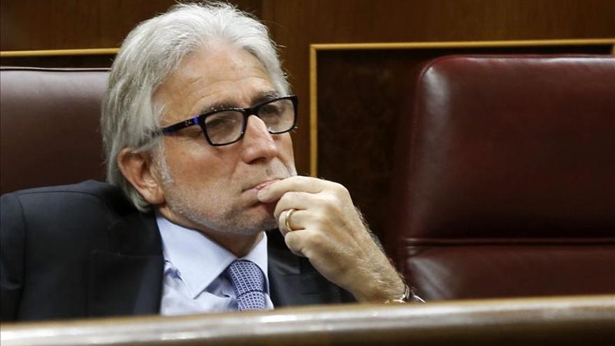 """CiU considera un """"grave error"""" político y jurídico la querella contra Mas"""
