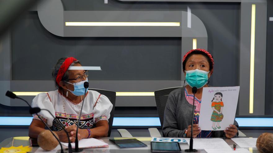 Panamá imparte clases a niños indígenas en su idioma en la radio pública