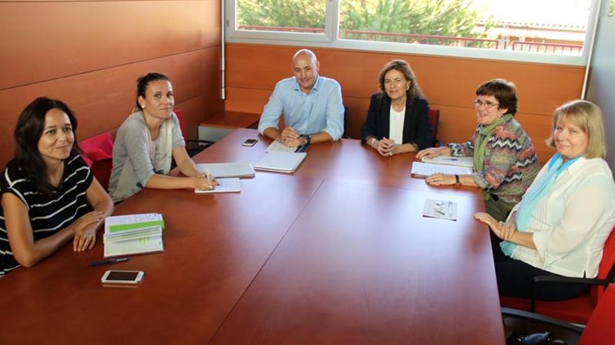 Reunión de la consejera de Bienestar Social con ONGD de Castilla-La Mancha