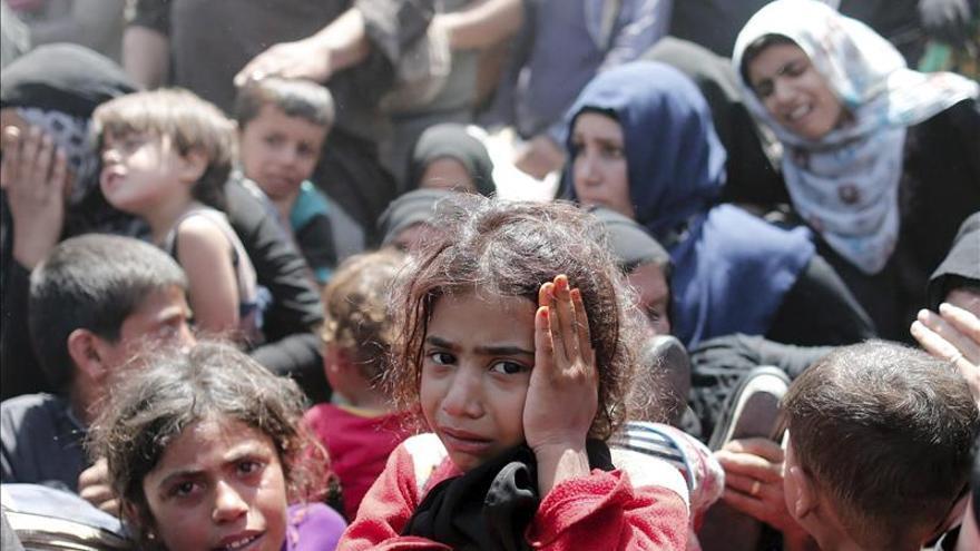 Tensión en la frontera turco-siria al impedir el EI el paso de refugiados