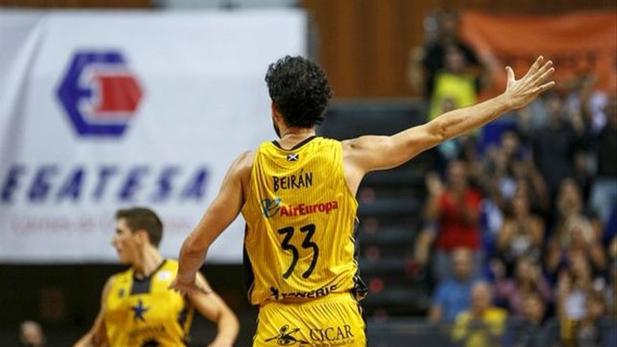 El jugador del Iberostar Tenerife, Javier Beirán.