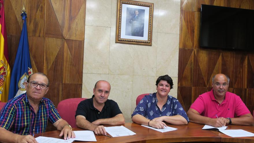 Acto de firma de convenios con diferentes federaciones deportivas.