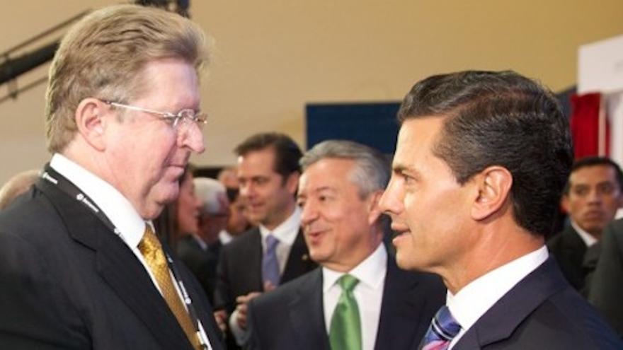 German Larrea, el dueño de la empresa mexicana que iba a participar en Aznalcóllar, junto al presidente de México / Presidencia de México